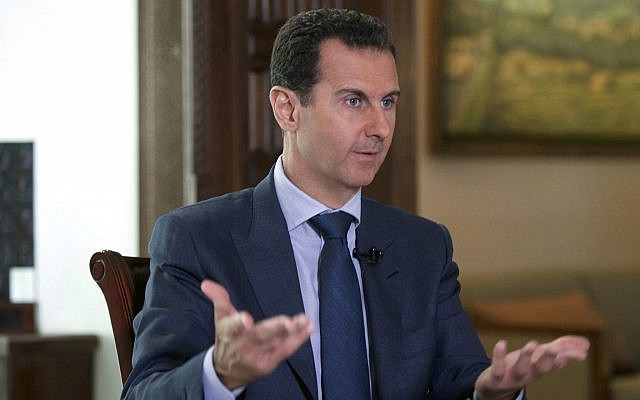 El presidente sirio Bashar Assad en una entrevista de AP en el palacio presidencial en Damasco, Siria, septiembre de 2016. (Presidencia siria a través de AP)