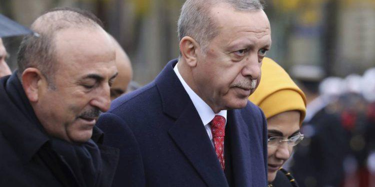 Turquía advierte sobre la afluencia de refugiados sirios desde Idlib