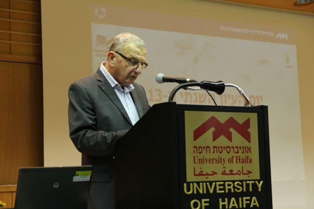Profesor Contralmirante (Ret.) Shaul Chorev, director del Centro de Investigación de Haifa para la Estrategia Marítima y Política de la Universidad de Haifa. Crédito: Zehavit Meir Salman.