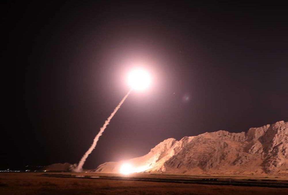Irán lanza ataques en Irak y amenaza a Israel