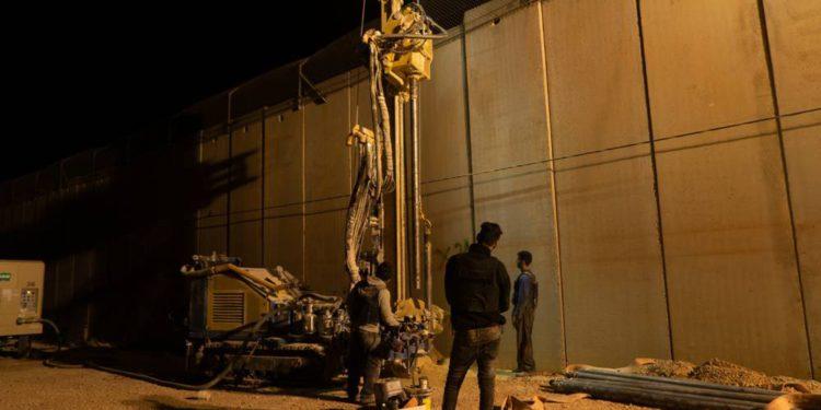 """Ex ministro de defensa de Israel admite que funcionarios """"mintieron"""" sobre los túneles de Hezbolá durante años"""