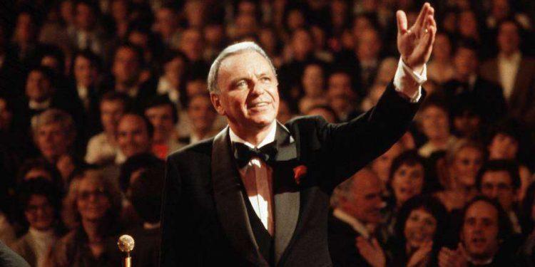 Kipá de Frank Sinatra subastado de $ 9,000