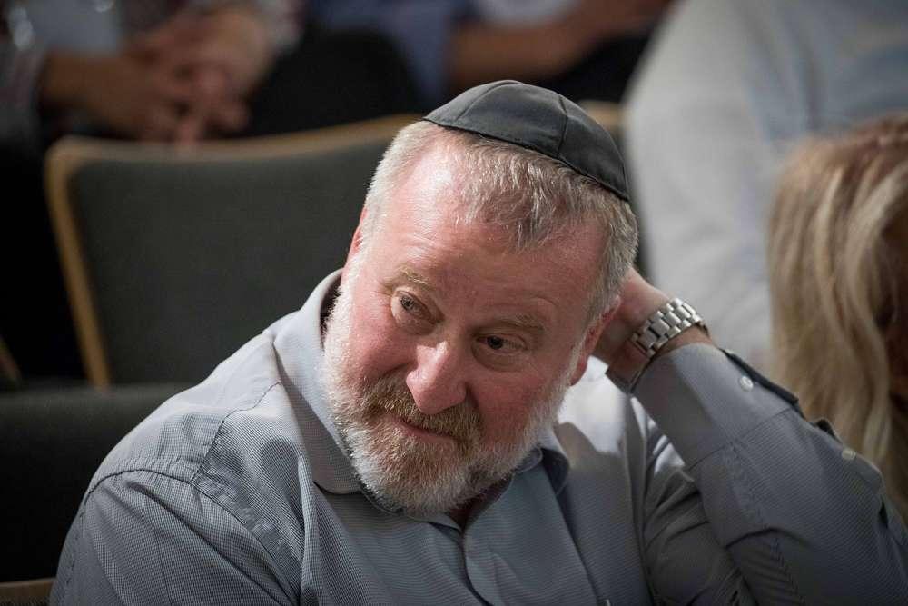 El fiscal general Avichai Mandelblit asiste a una conferencia en el Instituto Van Leer Jerusalem el 2 de julio de 2018. (Yonatan Sindel / Flash 90)