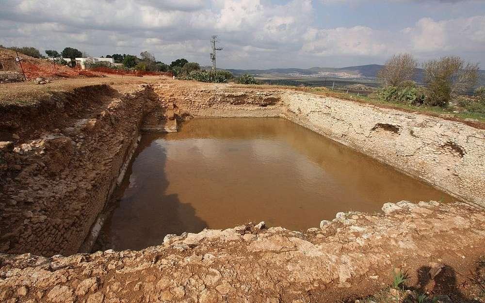 Una piscina del siglo III recientemente excavada en el Parque Nacional Zippori.(Tsvika Tsur / Autoridad de Parques y Naturaleza de Israel)