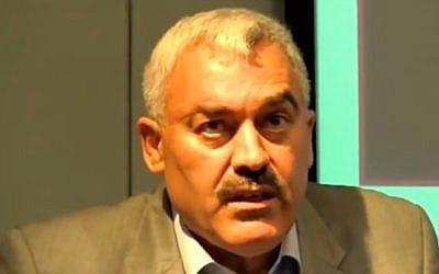 El director de Al-Haq, Shawan Jabarin, habla en una conferencia el 12 de noviembre de 2012. (Captura de pantalla / YouTube)