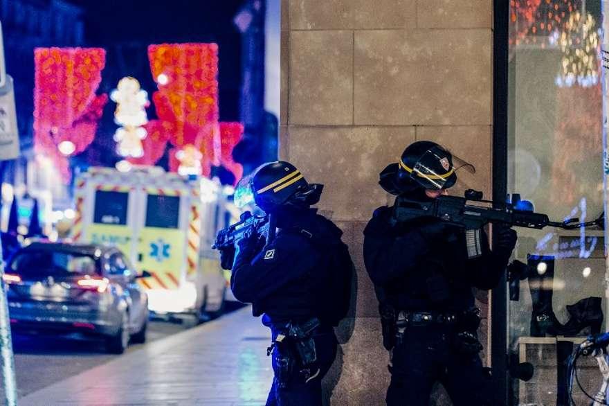 """El terrorista de Estrasburgo gritó """"Allahu Akbar"""" durante el ataque"""