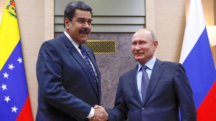 Putin se reúne con Nicolás Maduro en Moscú y muestra su apoya a la dictadura en Venezuela