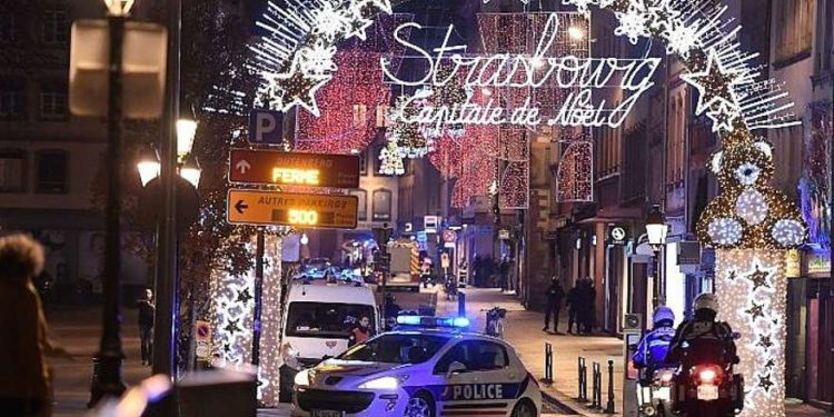 Tres muertos en ataque terrorista en mercado navideño de Estrasburgo