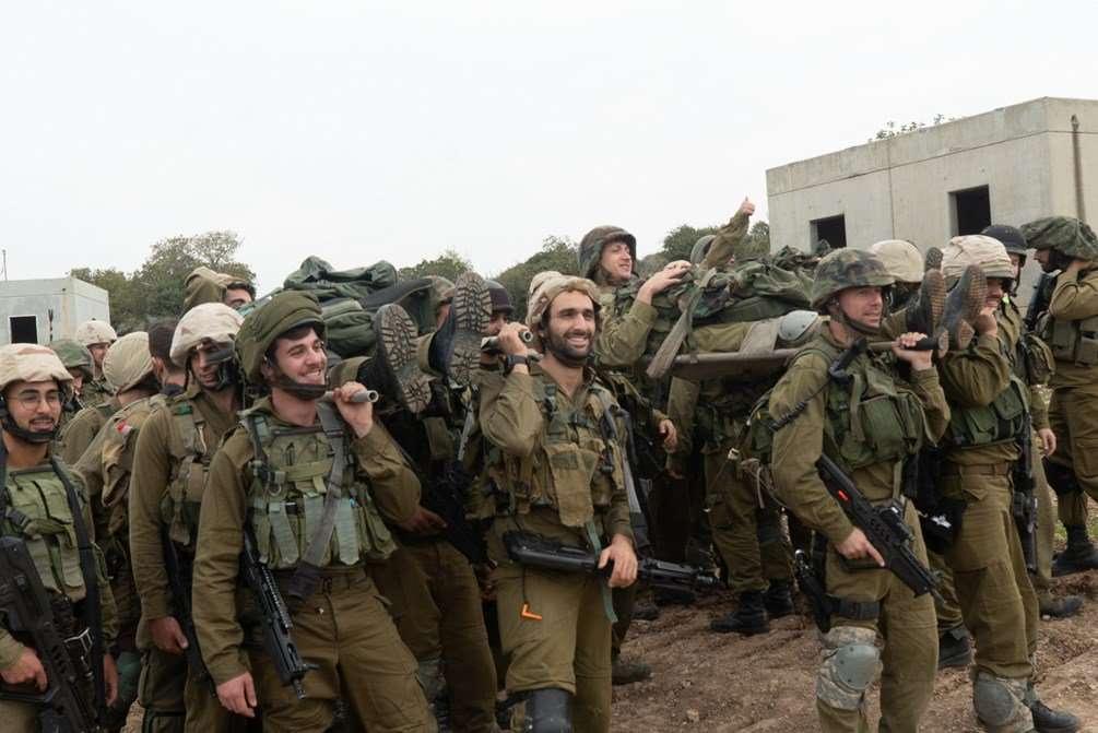 Las tropas israelíes en el recientemente creado Batallón Puertas de Fuego simulan la guerra con Hezbolá en el norte de Israel en diciembre de 2018. (Fuerzas de Defensa de Israel)