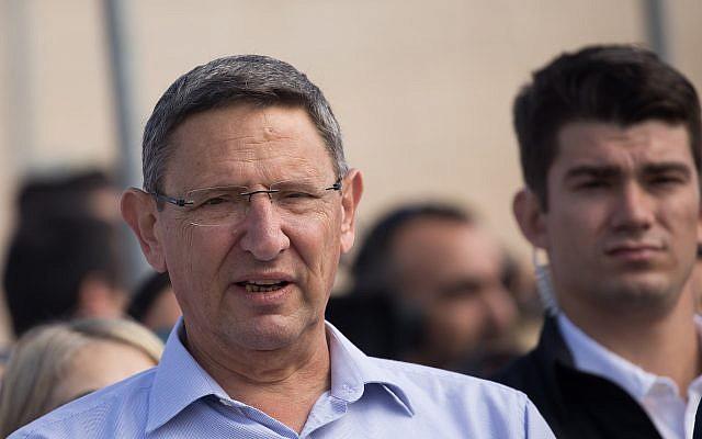 El jefe del Ministerio de Defensa, Udi Adam, en una ceremonia en Jerusalén el 25 de octubre de 2018. (Yonatan Sindel / Flash90)