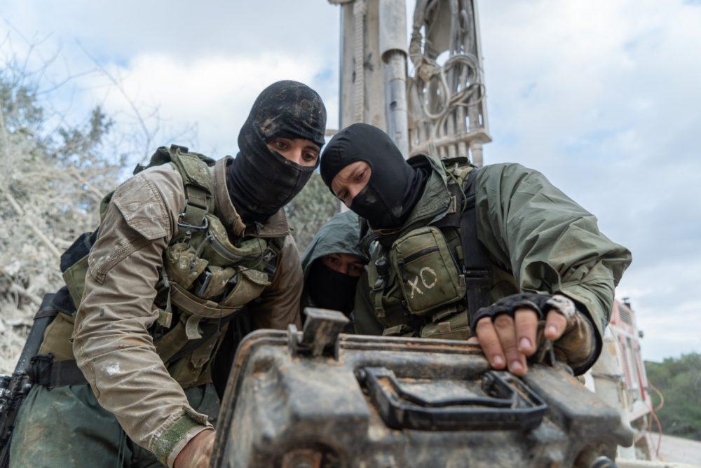 Las tropas israelíes buscan túneles de ataque excavados en Israel desde el sur del Líbano que el ejército israelí cree que Hezbolá planeó usar en futuras guerras, en enero de 2019. (Fuerzas de Defensa de Israel)