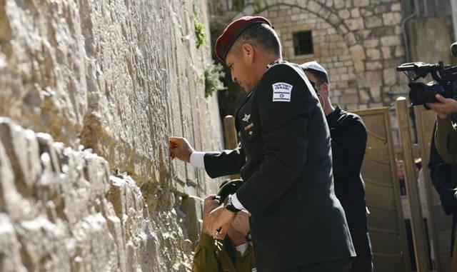 General de División Gadi Eisenkot en el Muro Occidental, 15 de enero de 2018 (Marc Israel Sellem / The Jerusalem Post)