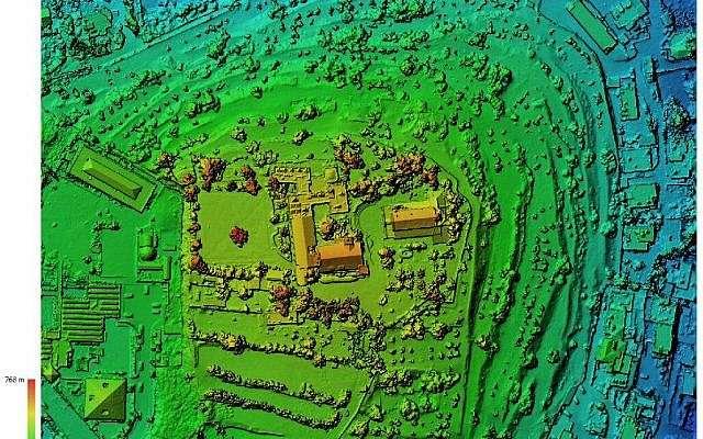 Modelo digital de elevación del montículo de Kiriath-Jearim.(Excavaciones de la familia Shmunis en Kiriath-Jearim)