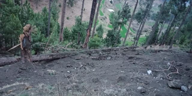 Vista general de un sitio en Balakot, Pakistán, después de que las aeronaves militares de la India bombardearon campamentos insurgentes el 26 de febrero de 2019 (REUTERS)