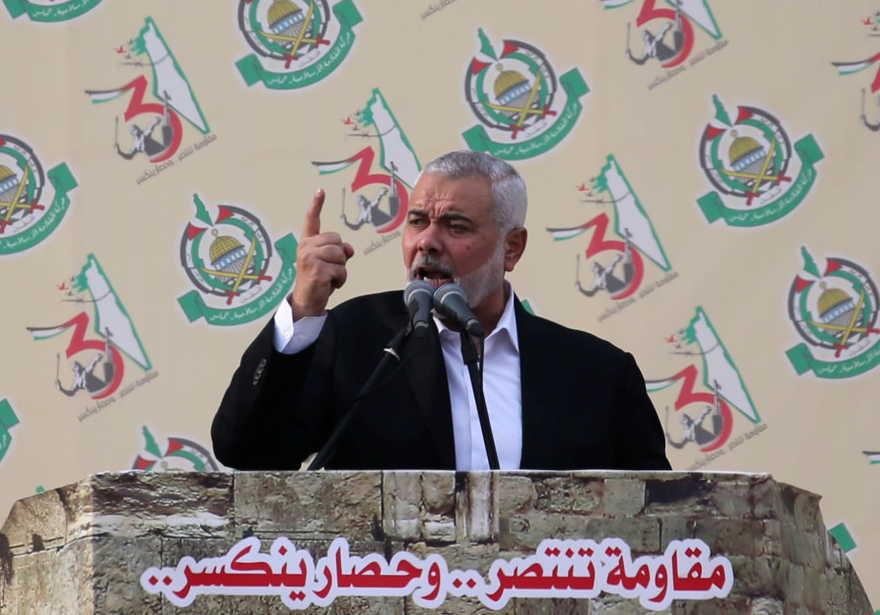 Líder de Hamas, Haniyeh, se une a los miles de árabes en la frontera de Gaza con Israel