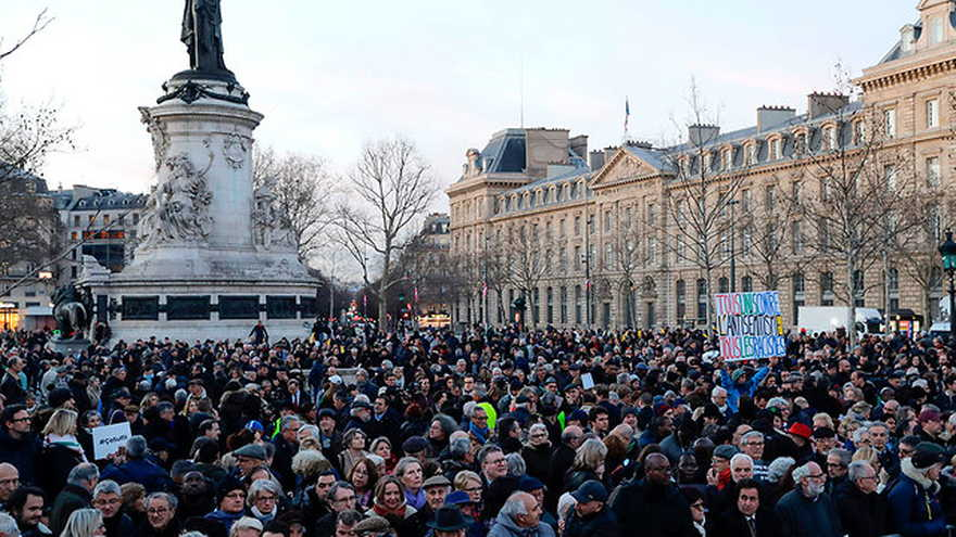 Protesta contra el antisemitismo en París (Foto: AFP)