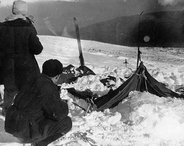 Una vista de la carpa tal como la encontraron los rescatistas el 26 de febrero de 1959. (WikiMedia Commons)