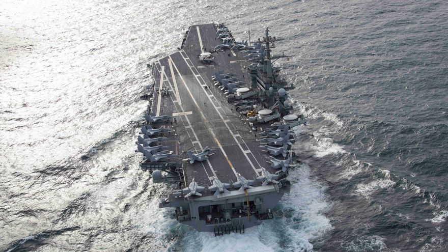 El portaaviones nuclear USS Abraham Lincoln en su actual despliegue (Facebook: @USSLincoln)