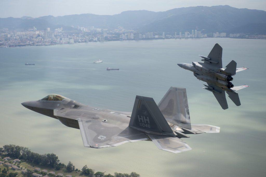 Foto de la Fuerza Aérea de los Estados Unidos por Tech.SargentoJason Robertson / Lanzamiento