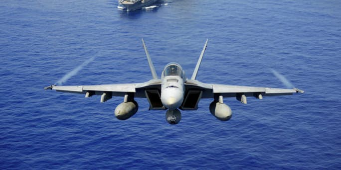 """""""El dilema de la 6ta generación"""" del Ejército: ¿Construir nuevos cazas o adaptar los mejores vehículos aéreos actuales?"""