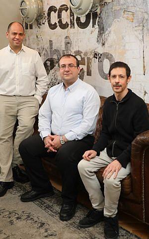 Fundadores de Aspectiva, Yoad Arad, izquierda, Ezra Daya, centro y Eyal Hurwitz (Sivan Shachor)