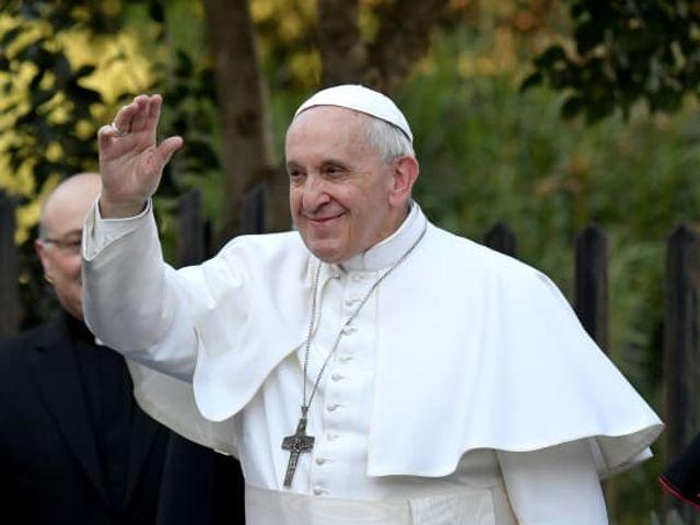 El Papa Francisco celebra una misa en la parroquia de San Crispino en el barrio de Labaro en las afueras de Roma, Italia, el 3 de marzo de 2019. AFP