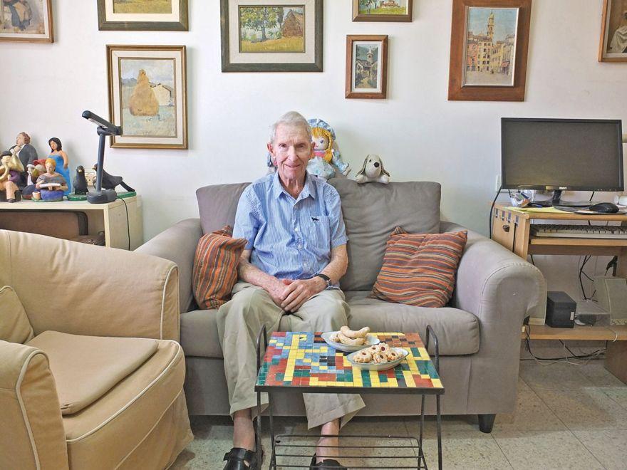 Yair Noam, antes Manfred Nomburg, hoy, en Ramat Gan, 96 años. Eva Sudholt