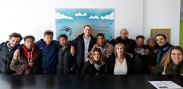 Personal de la Escuela de Paz en Lesbos (Foto: Angelos Zymaras)