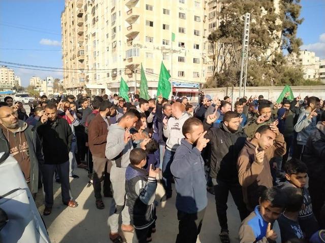 Hamas realiza una contra-protesta