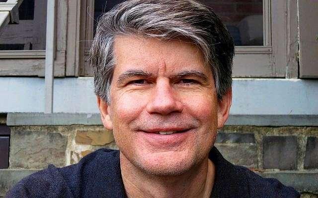 El director de 'The Mamboniks' Lex Gillespie.(Cortesía)