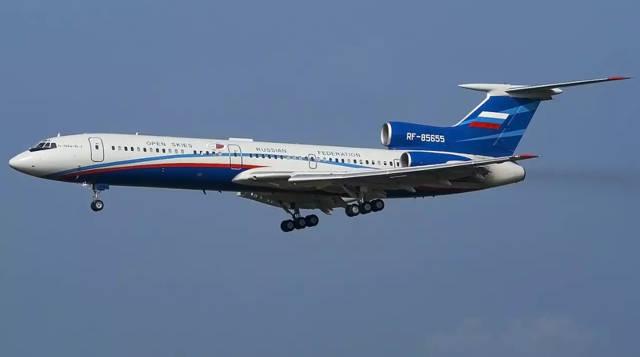 Russia Tu-154M configurado y certificado para vuelos de Cielos Abiertos.