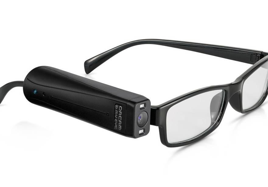 El dispositivo de visión artificial portátil MyEye 2 de OrCam (Crédito: OrCam PR)