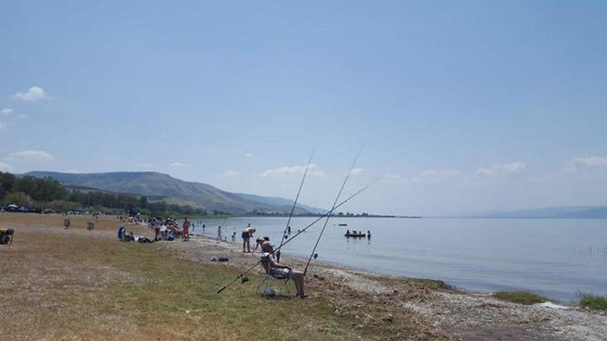 Playas del Mar de Galilea en la Pascua (Foto: Oficiales del Mar de Galilea)