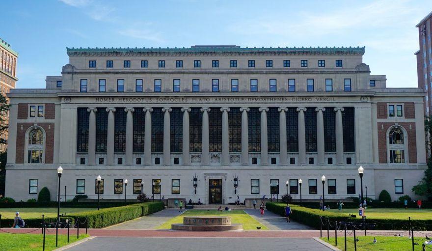 Butler Library en la Universidad de Columbia en la ciudad de Nueva York. (Wikimedia Commons)