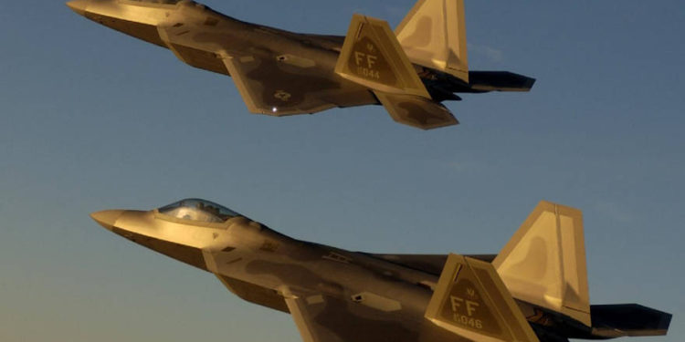 """Rusia invita a la OTAN a establecer """"distancias aceptables de aproximación"""" de aeronaves"""