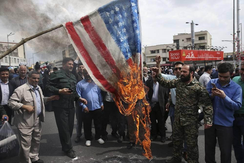 Iran burn flag US