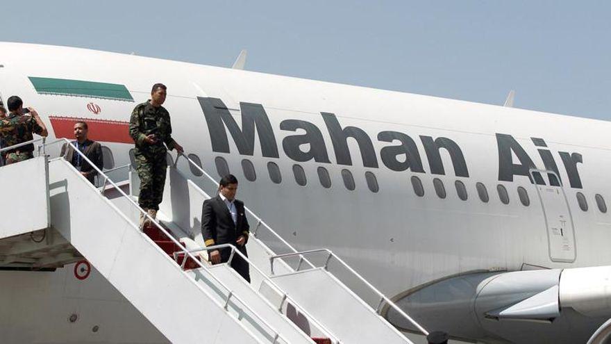 """""""No hay razón comercial"""" para los vuelos de Mahan Air de Irán a Venezuela: funcionario de la Casa Blanca"""