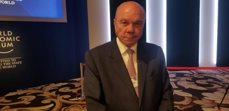 El presidente del Senado jordano, Faisal al-Fayez, al margen del Foro Económico Mundial en el Mar Muerto, el 6 de marzo de 2019. (Adam Rasgon / Times of Israel)