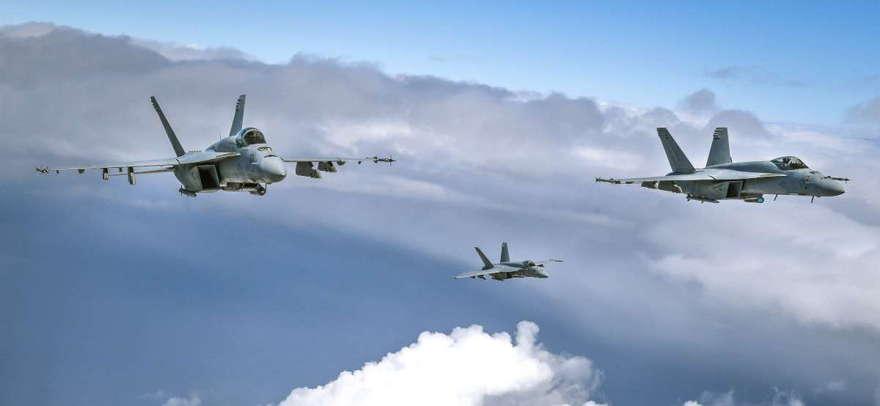F / A-18E Super Hornets.