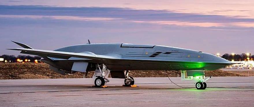 Primer avión no tripulado basado en portaaviones de la Armada realizará su primer vuelo este año