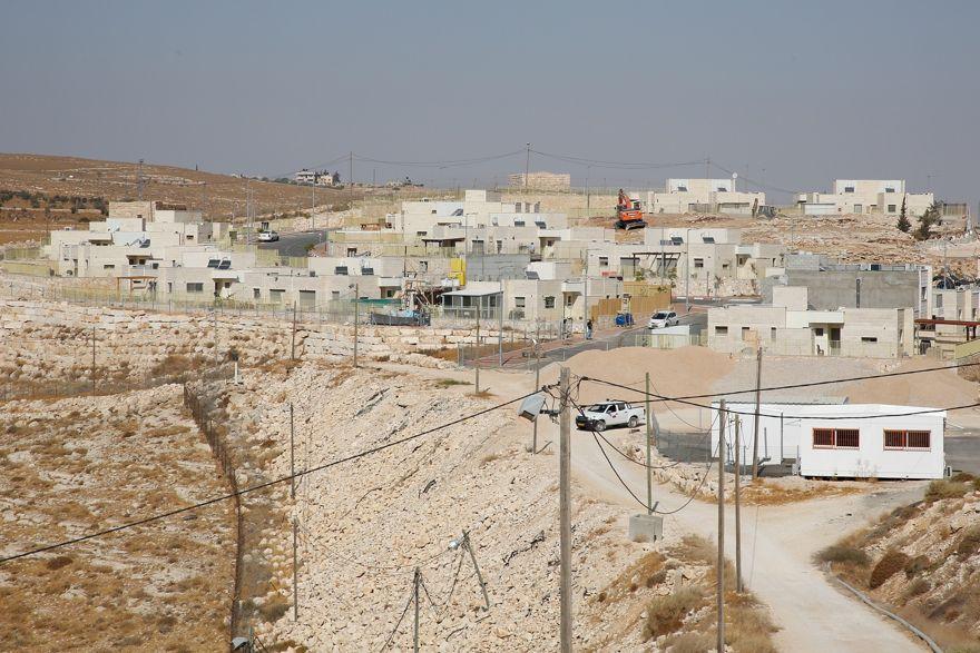 Ilustrativo: un nuevo proyecto de viviendas que se está construyendo en el poblado israelí de Nokdim el 24 de octubre de 2017. (Gershon Elinson / Flash90)