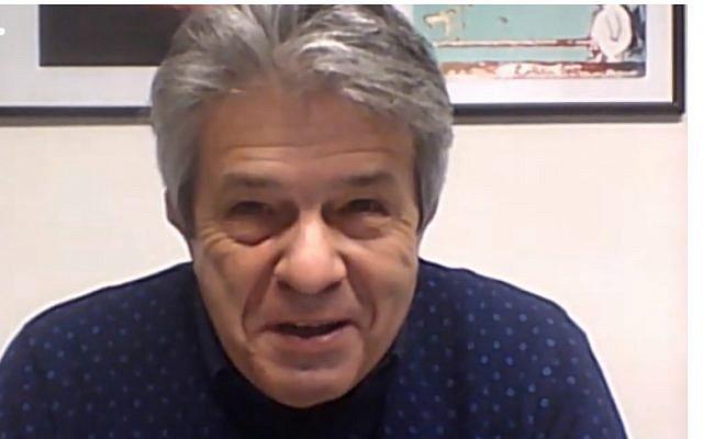 El caricaturista político portugués António Moreira Antunes. (Captura de pantalla de YouTube)