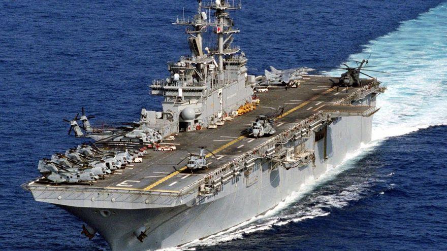 El USS Kearsarge (LHD-3) es el tercer buque de asalto anfibio de la clase Wasp, es el quinto buque de la Armada de los Estados Unidos que ha sido nombrado en honor de la USS Kearsarge. (Captura de YouTube)