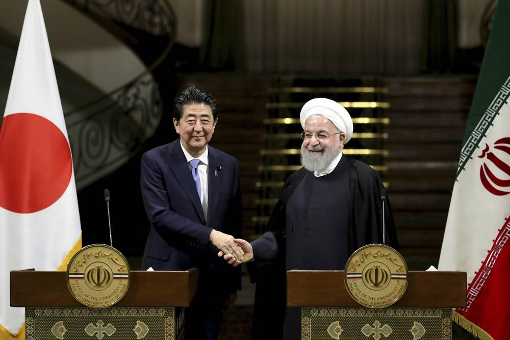 Abe en Irán