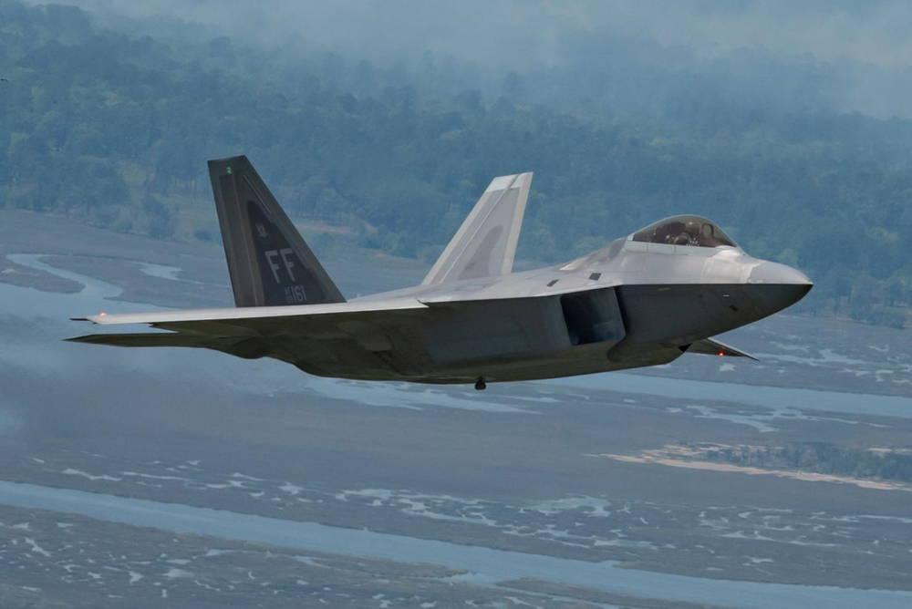 Northrop Grumman completa revisión crítica del diseño del sistema de navegación EGI-M