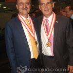 Medalla humanidades Anahuac CC y Emb Israel 220