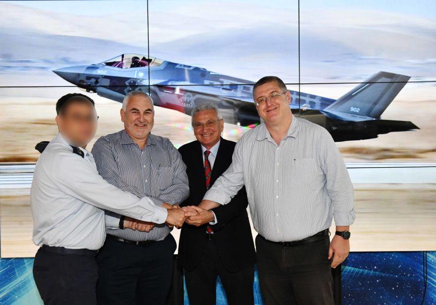 Acuerdo de mantenimiento F-35 firmado. (Crédito de la foto: ARIEL HERMONI / MINISTERIO DE DEFENSA)