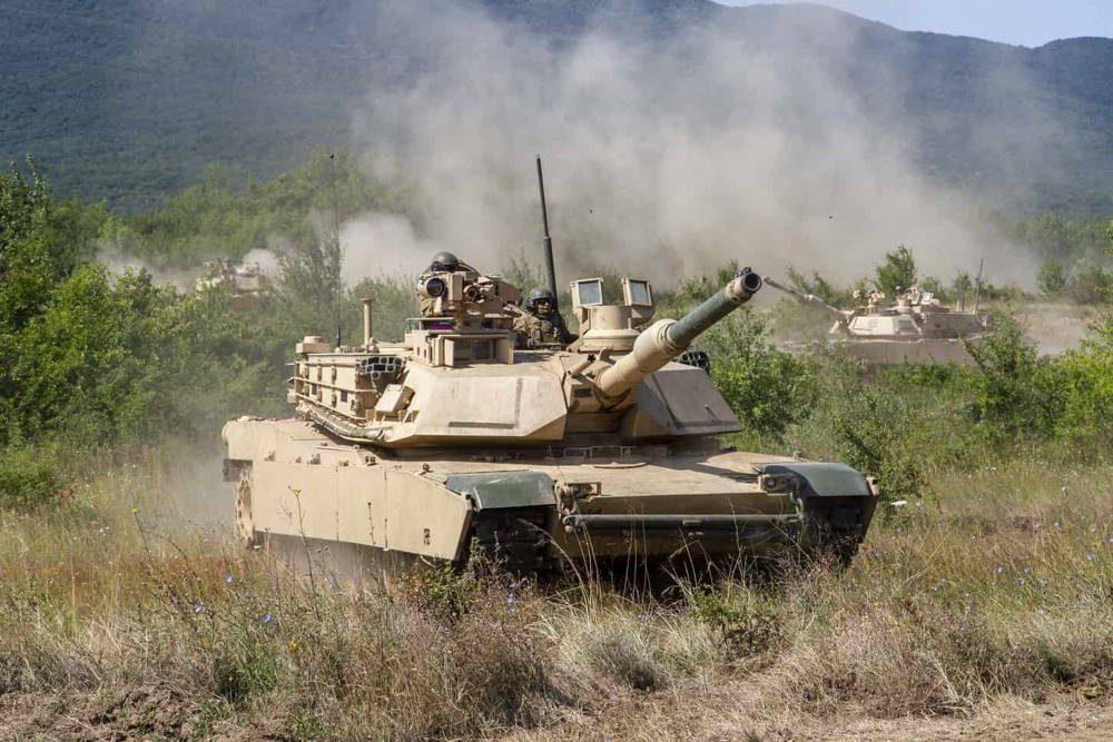 Tanques Abrams del Ejército de EE.UU. participan en un ejercicio marítimo multinacional