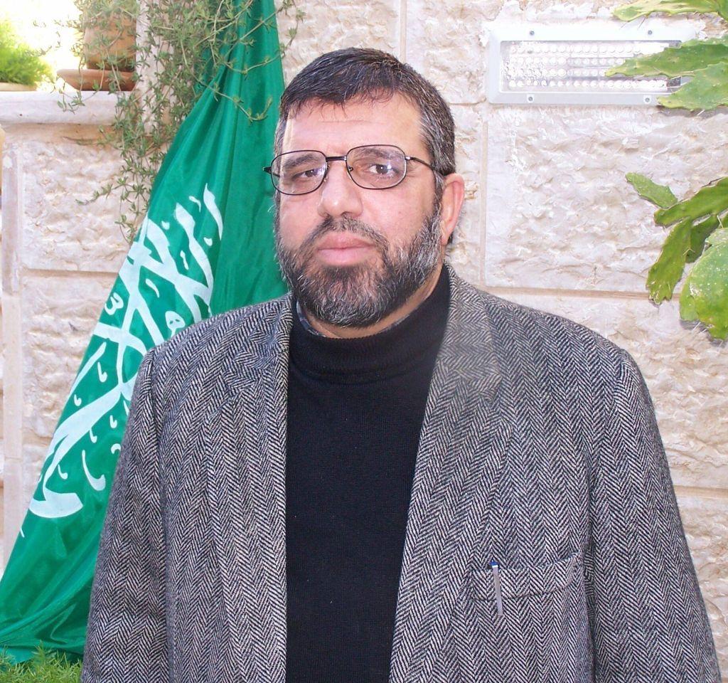 Hassan Yousef, de los fundadores de Hamas en Cisjordania, en una foto de hace varios años. La tomamos al entrevistarlo en su casa en Bitunia, junto a Ramallah, en una de sus salidas de prisión. Lo coordinamos con Musab, quien tiempo después reveló que había huido de Hamas.