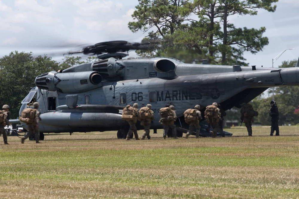 Helicópteros CH-53E transportaron a más de 500 Marines durante el entrenamiento de Asalto Aéreo